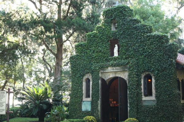 A Travel Guide to St. Augustine for Young Families // Carrots for Michaelmas