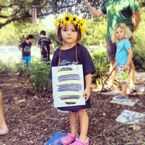 This Week's Miscellany: Vol. 173 (Queen Bees, Solo Parenting, and a Giveaway)