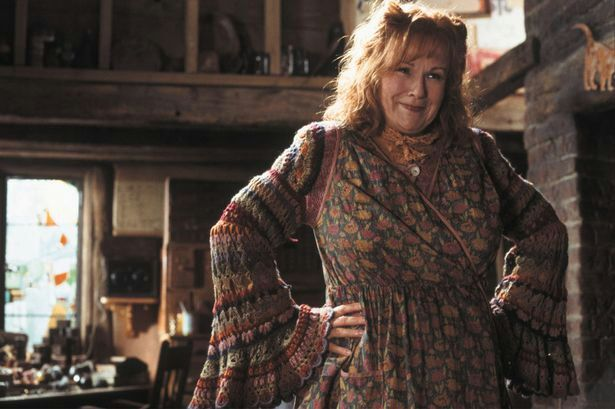 The Molly Weasley Method of Home Decorating
